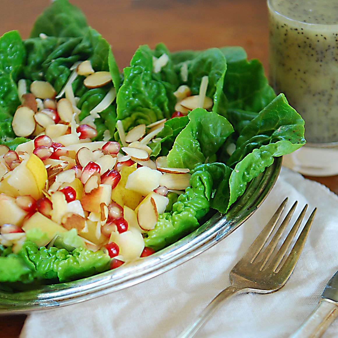 lettuce salad with fruit