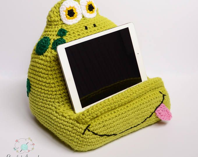 Joe and Suzi Book/Tablet Holders crochet pattern, tablet pillow ...