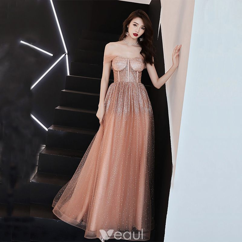 4a9937e4efd Modern   Fashion Red Prom Dresses 2019 A-Line   Princess Spaghetti Straps  Sleeveless Spotted Tulle Bow Sash Floor-Length   Long Ruffle Backless Formal  ...