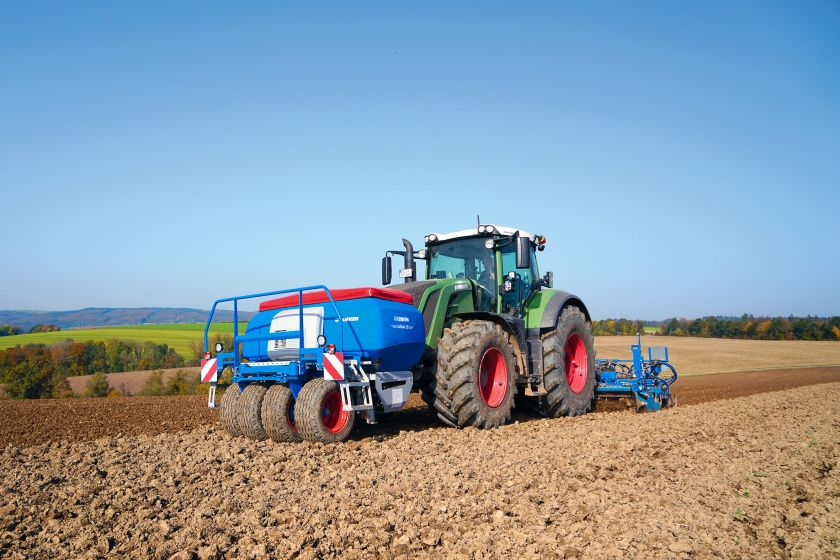 Neuer Frontbehalter Erganzt Lemken Bestelltechnik Technik Landmaschinen Agrartechnik