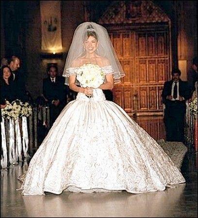Thalia Wedding Thalia S Wedding Wedding Dresses Ball Gown Dresses