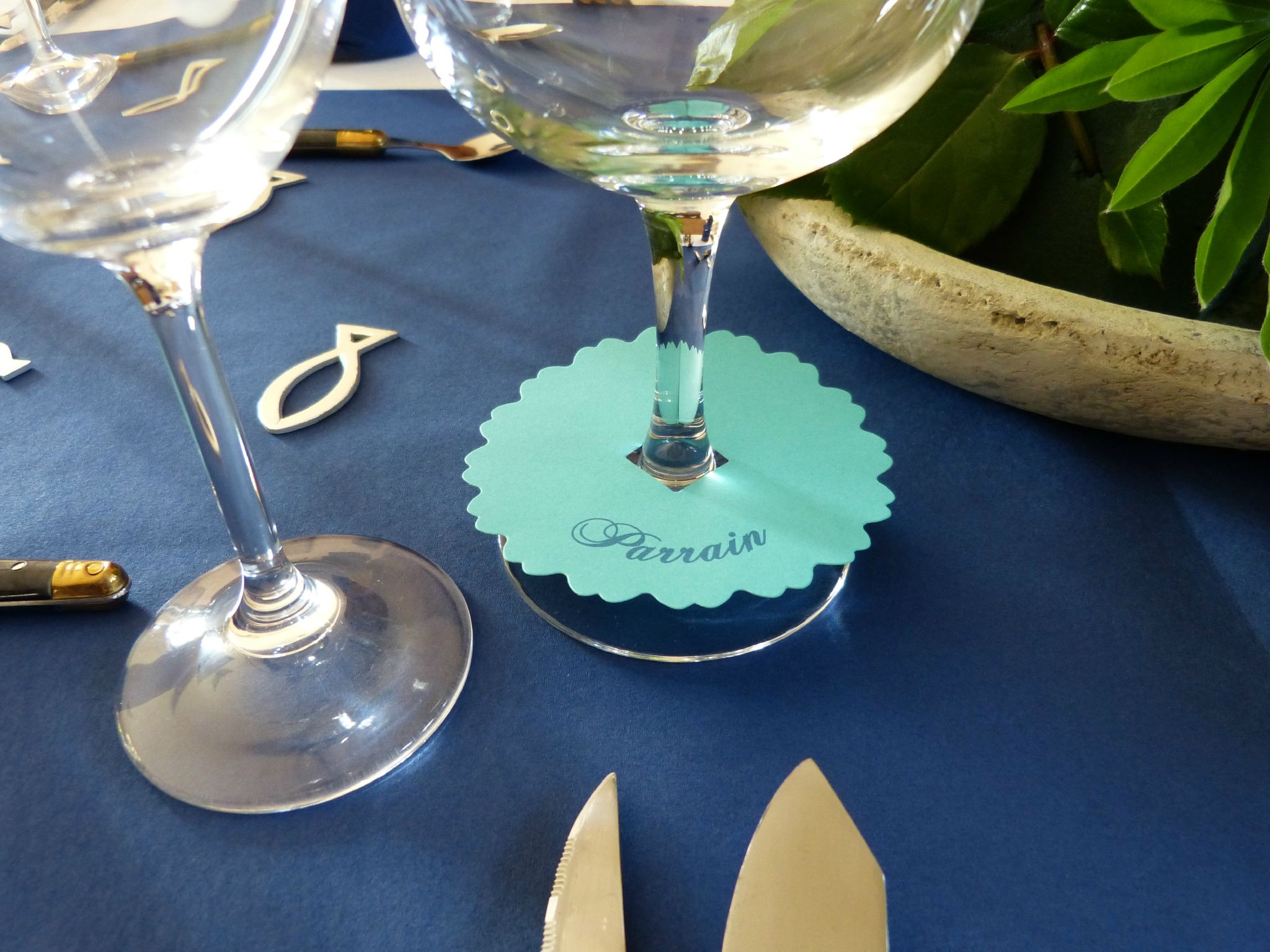 Table communion gar on deco table communion garcon d co - Decoration de table pour communion garcon ...