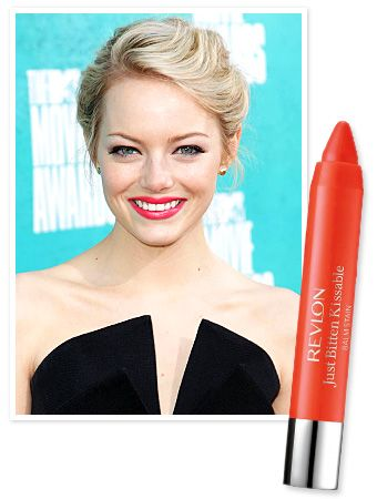 """""""We wanted her look to be fun and flirty, like she's been on summer vacation for a while,"""" #EmmaStone's makeup artist Rachel Goodwin told InStyle.com exclusively of the actress's MTV Movie Awards look. http://news.instyle.com/2012/06/04/mtv-movie-awards-2012-emma-stones-beauty/#"""