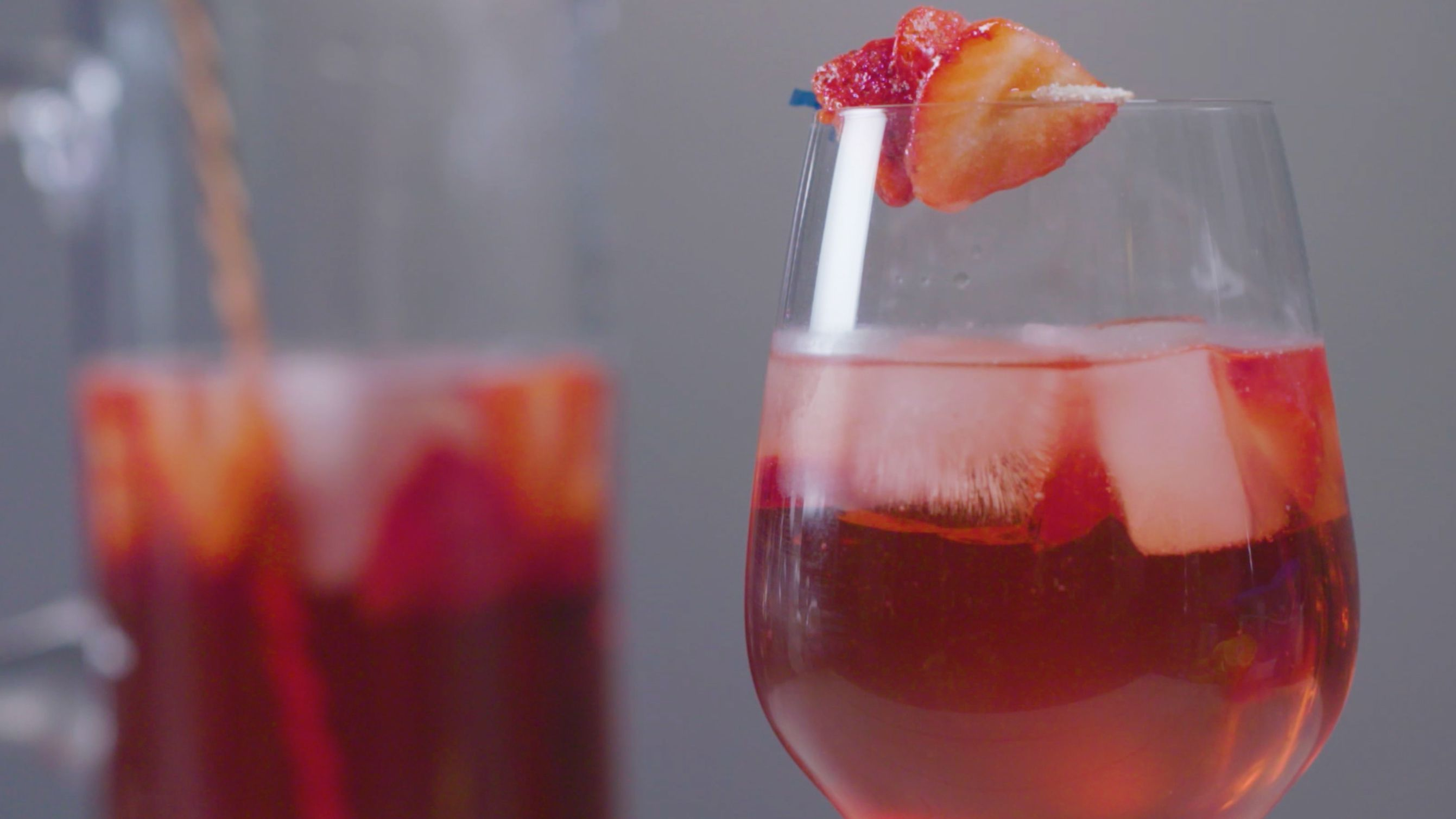 It S Sangria Season Find The Perfect Drink For Your Summer Party Sangria Sangria Recipes Perfect Drinks