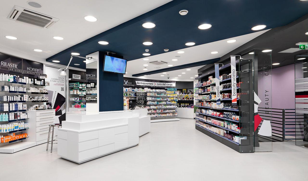 Arredamento Outlet Roma.L Esposizione Farmacia Per Vendita E Trattamenti Dedicati Al