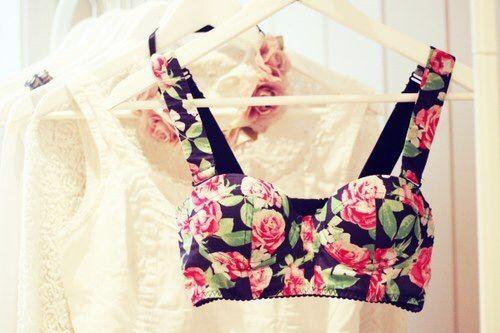 Image via We Heart It #bra #british #celeb #closet #clothes #cute #fashion #flower #flowers #party #photography #retro #style #top #vintage