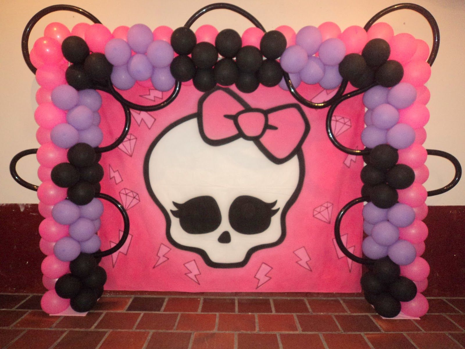 Brinque E Arte Decoracao Com Baloes Decoracao Tema Monster High