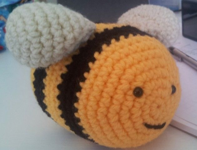 Cómo hacer una abeja en crochet | Amigurumi patrones gratis en ...