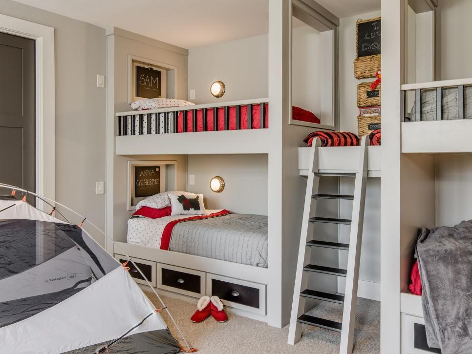 Best 30 Cool Cozy Bunk Rooms Hgtv Kid Room Decor Bunk House 640 x 480