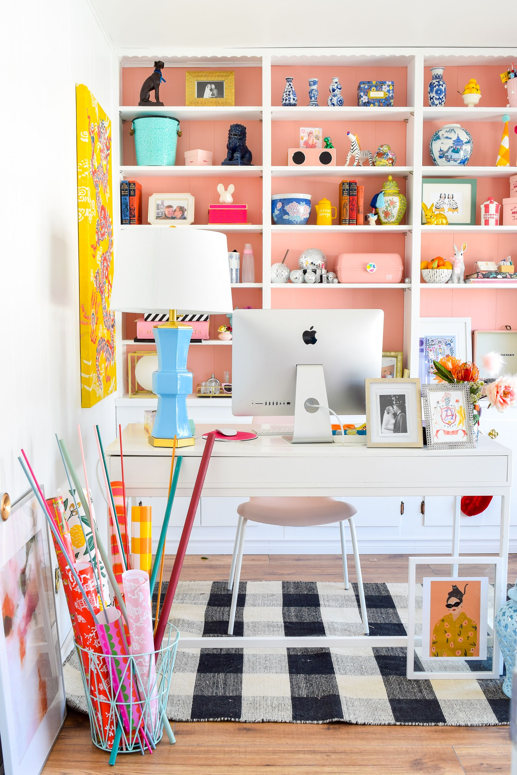 How To Turn A Small Space Into A Dream Craft Room Workspace On A Budget T Moore Home Design Diy And Affordable Decorating Ideas Pink Home Offices Craft Room