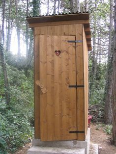 Outside Toilet Ideas Google Search Diseno De Granja Disenos De Unas Arreglos