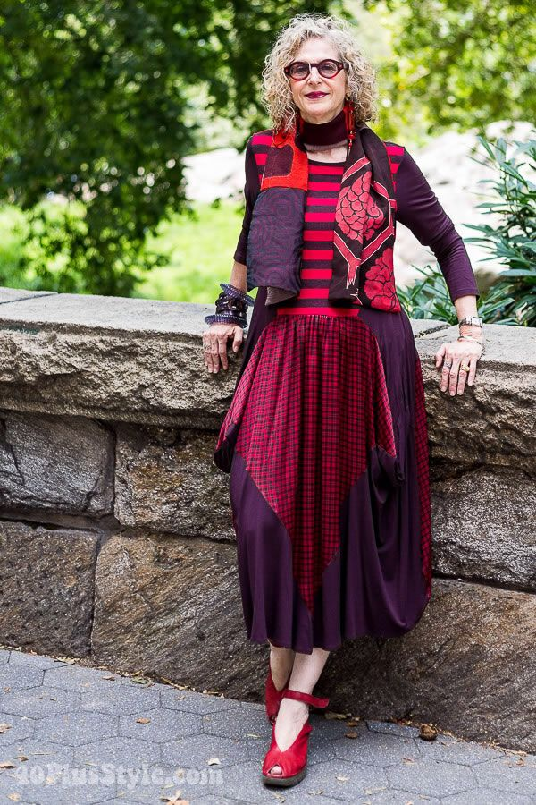 Dramatic And Beautiful Older Women Fashion Stylish Older Women Mature Fashion Fashion Over