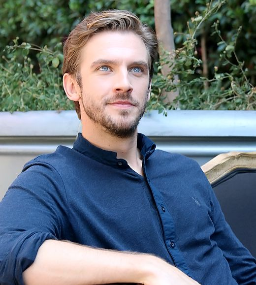 This Is The Type Of Scenario Where Your Mother Is Needed Daniel Rockwell Dan Stevens Dan Stevens Legion Daniel Stevens