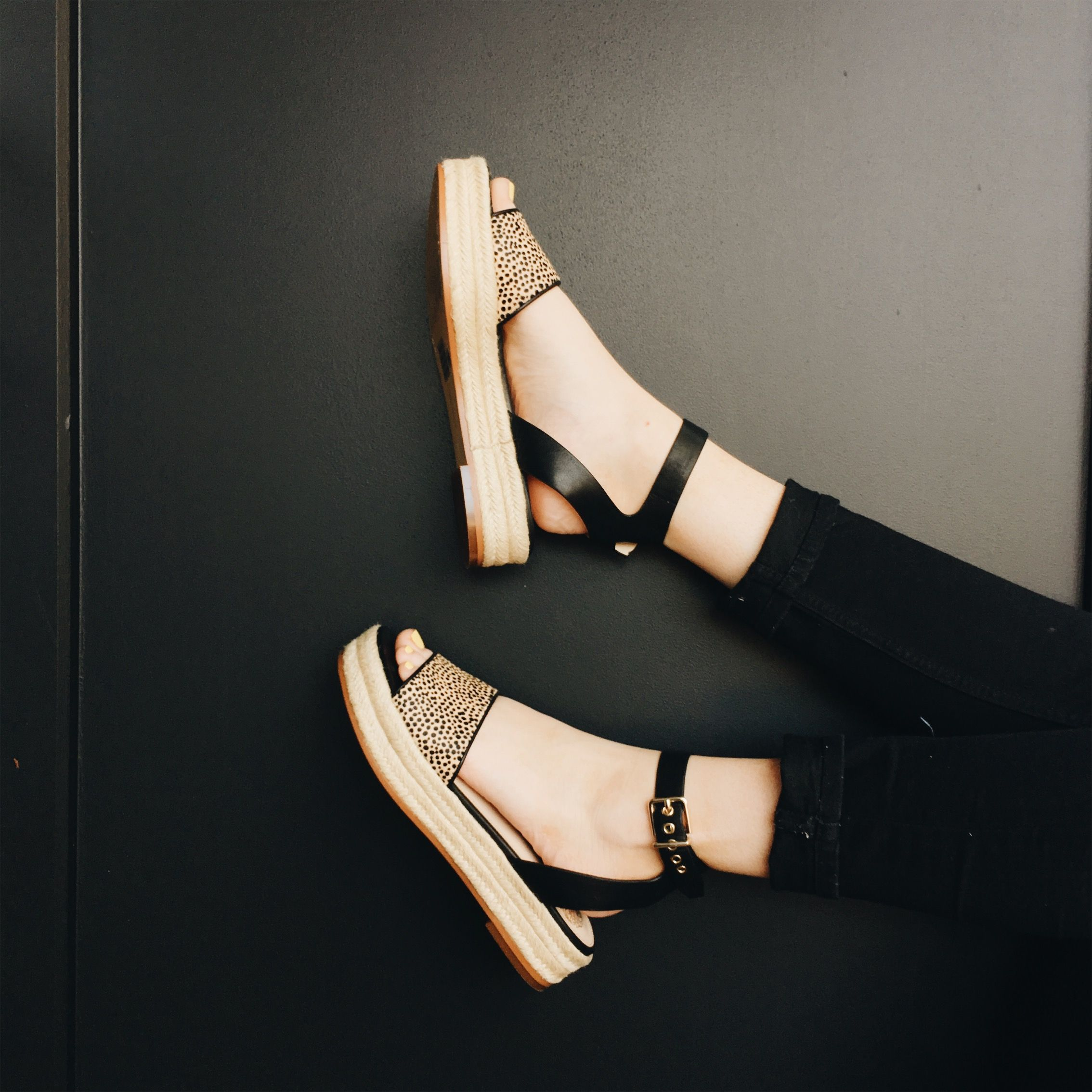 Vince Camuto \