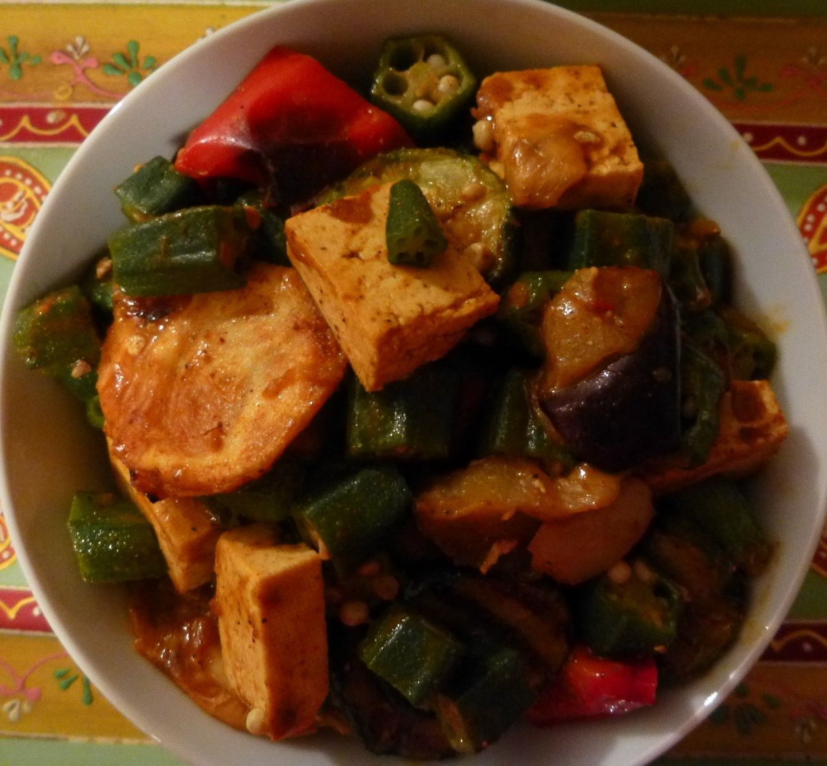 Chinese style curry with tofu okra roasted potatoes eggplant chinese food recipes chinese style curry with tofu okra roasted potatoes eggplant red bell peppers forumfinder Choice Image