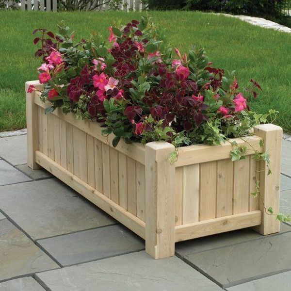 Decoration with DIY wooden pots and flower boxes that giving the garden a special charm