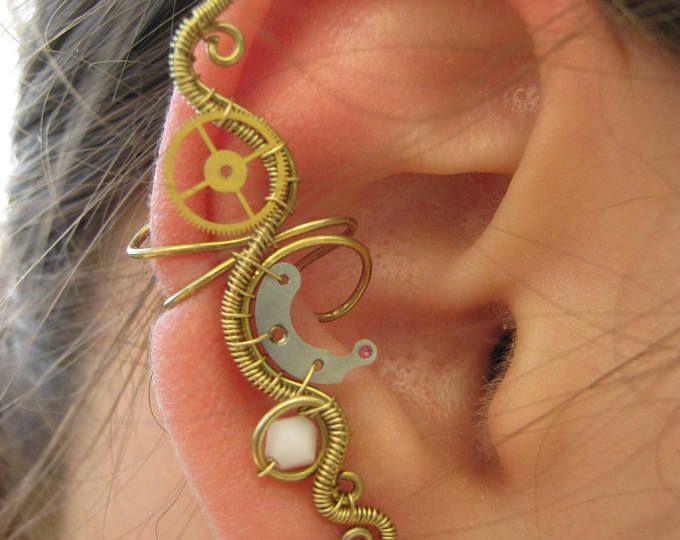 Steampunk d'oreille, bijoux steampunk, fil enroulé boucle d'oreille, bijoux fil enroulé, clockpunk boucle d'oreille, aucune manchette de boucles d'oreille - coeur Ivoire