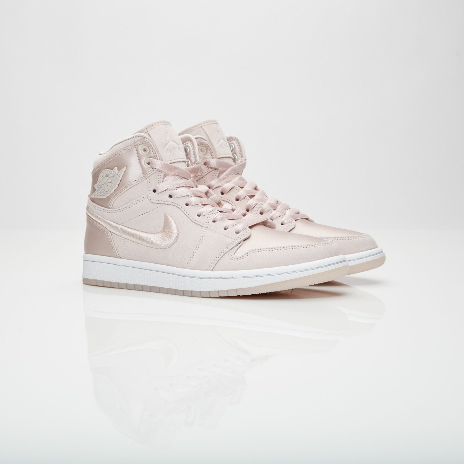 size 40 e02fe 7ffbf Jordan Brand Wmns Air Jordan 1 Retro High SOH