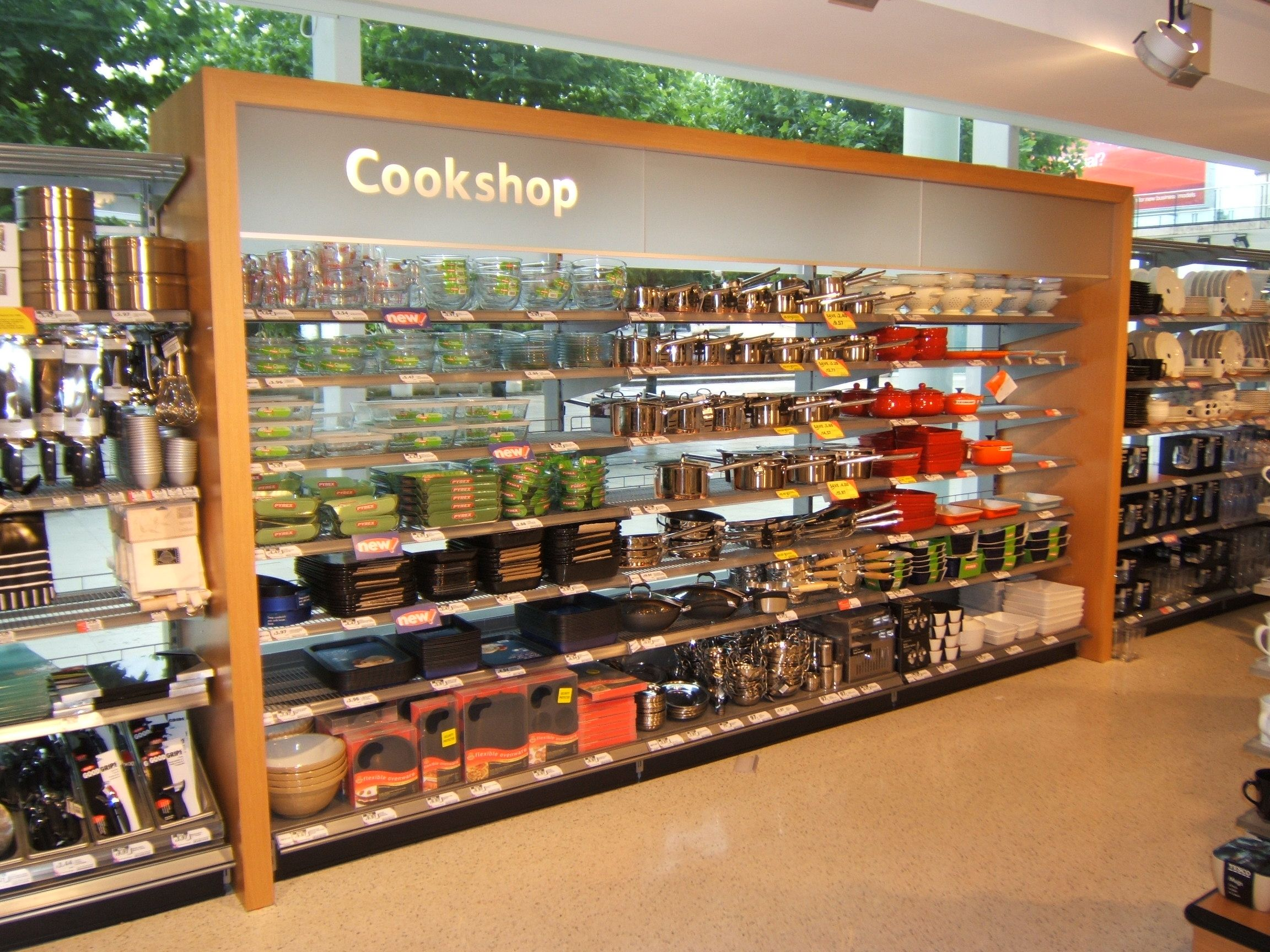 Tesco - Upmarket Kensington Visual Merchandising