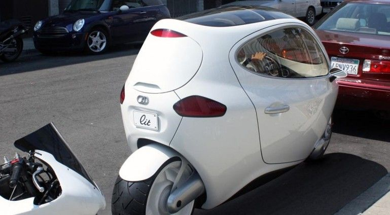 C-1 fully-enclosed self-balancing motorcycle. If this works it would be an awesome chance for paraplegics to ride a 2 wheel bike!