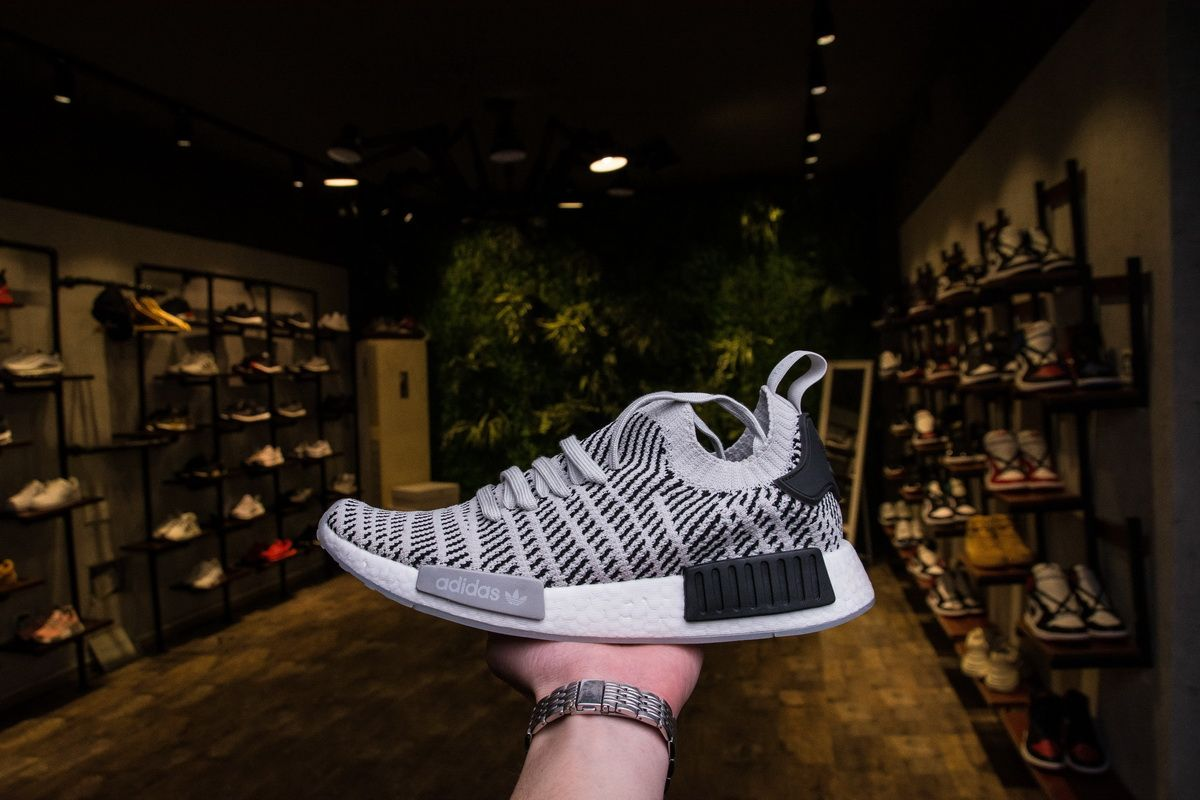 adidas nmd r1 stlt pk grey