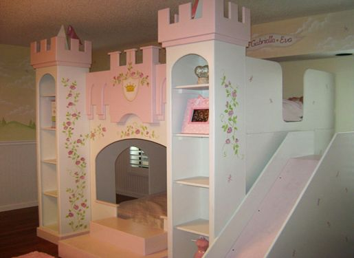 Castle bunk beds girls bunk bedroom ideas better home for Castle bedroom ideas