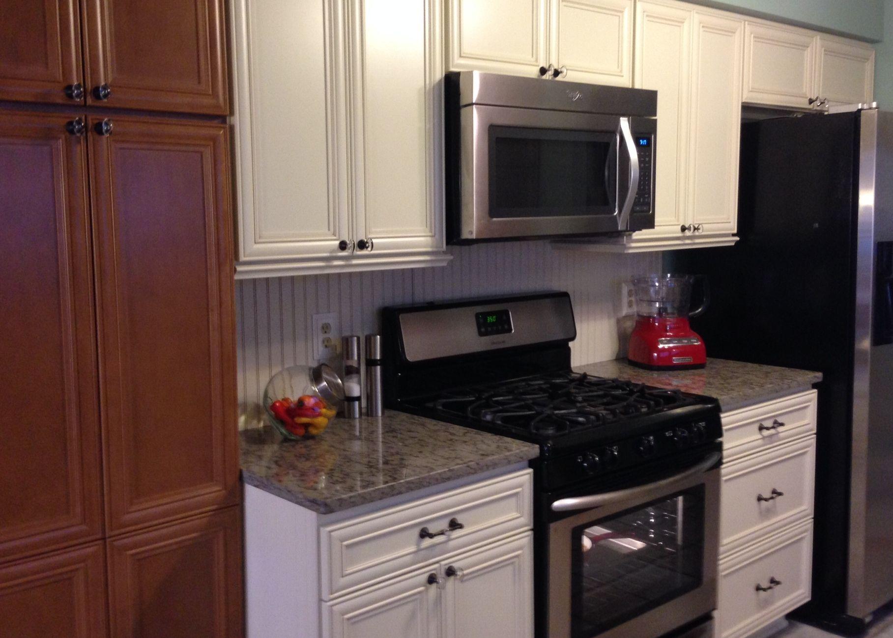 Remodeled Kitchen Cream Colored Cabinets Are Maple With Biscotti Base And Cocoa Glaze Darker Cabs Are Maple Wi Kitchen Remodel Cream Colored Cabinets Kitchen