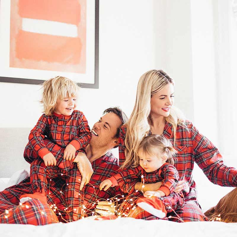 Family Matching Outfits mother father daughter son Christmas Pajamas Set  Xmas  Unbranded  PajamaSet c1c791e76