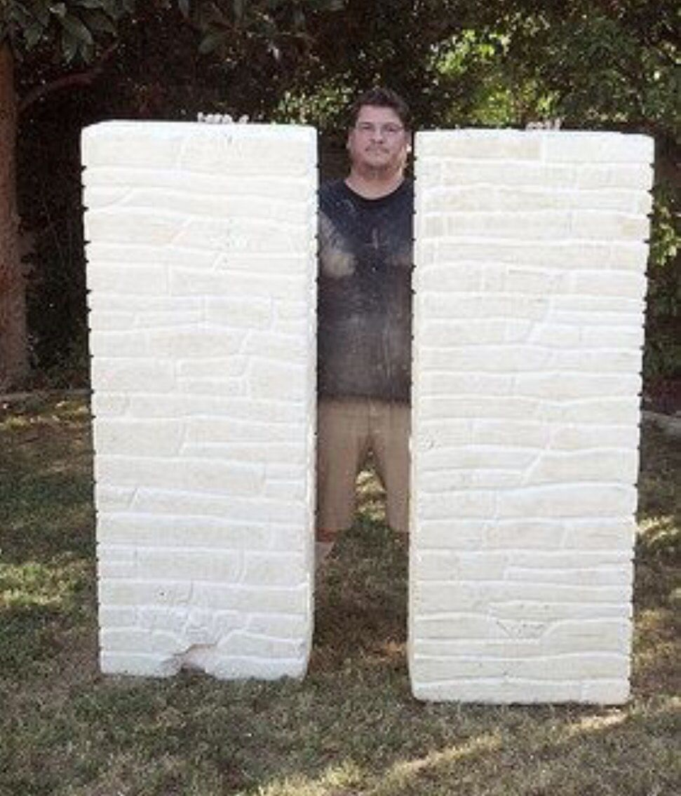 Halloween decorations/photo booth props  DIY faux brick walls made