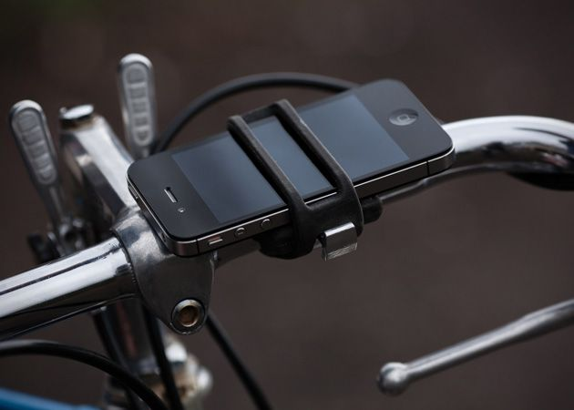 Easily Attach Your iPhone To Your Bicycle with this Mount