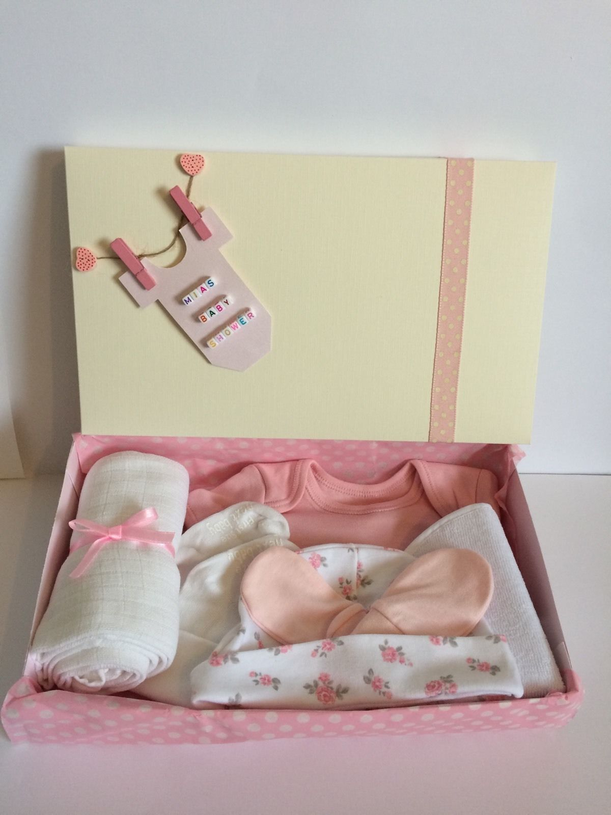 Personalised keepsake baby shower gift hamper present box girls 0 3 personalised keepsake baby shower gift hamper present box girls 0 3 3 6 months negle Image collections
