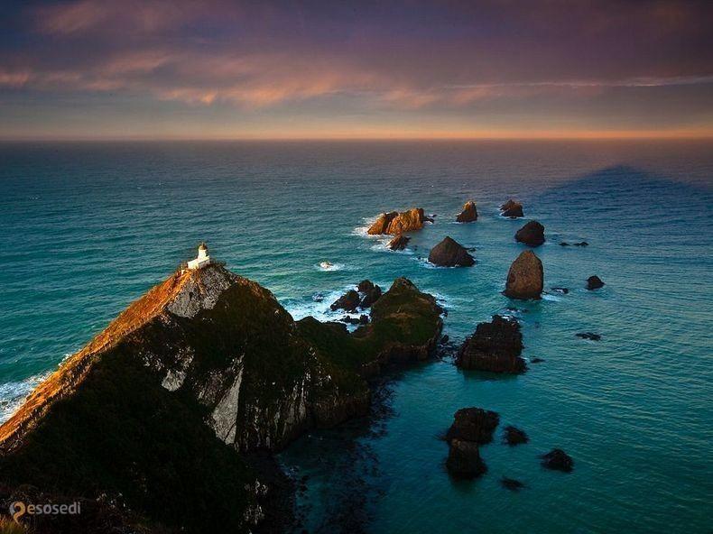 Наггет Поинт – #Новая_Зеландия #Отаго (#NZ_OTA) Nugget Point - красивое местечко на побережье Новой Зеландии. http://ru.esosedi.org/NZ/OTA/1000093851/nagget_point/