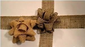 Resultado de imagem para como fazer laço flor