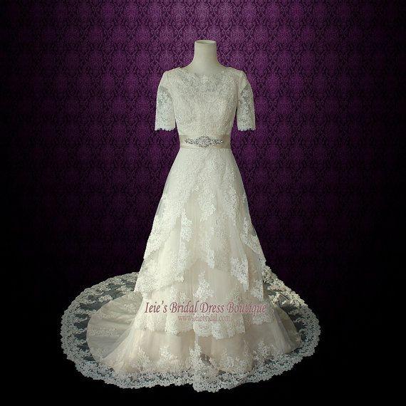 Modest Lace Wedding Dress with Round Jewel Neck Vintage Lace Wedding ...
