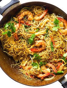 Singapore noodles food pinterest noodle delicious meals and singapore noodles recipe on yummly forumfinder Choice Image