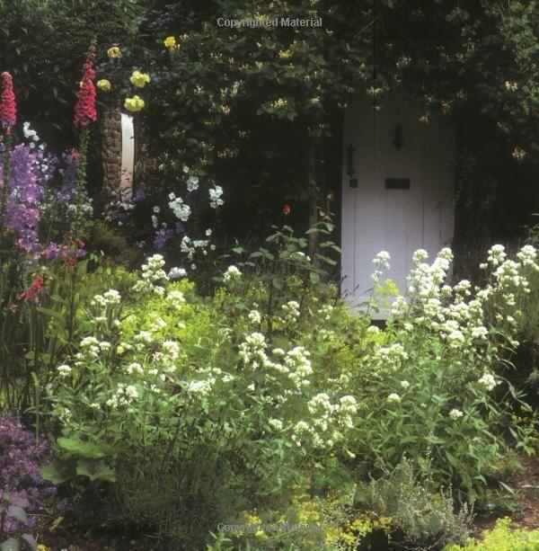Amazon.com: English Cottage Gardening: For American ...