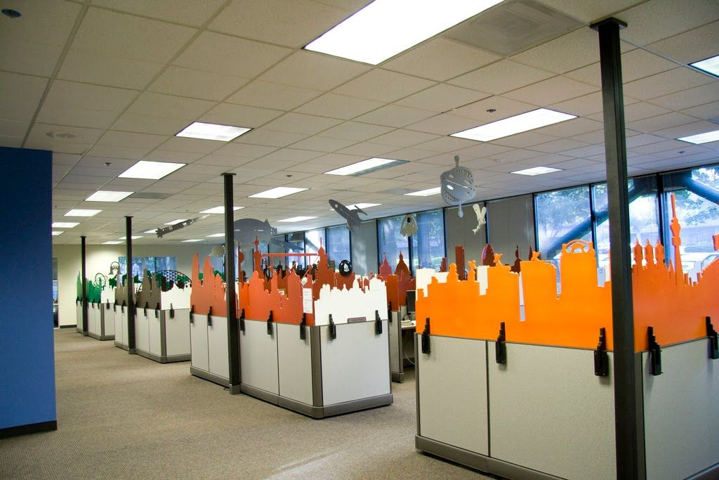 Cool cubicle dividers office ideas pinterest cubicle for Unique office spaces