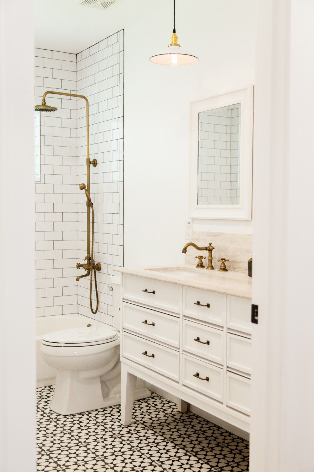 23 Amazing Ideas About Vintage Bathroom | Vintage bathrooms, Vintage ...
