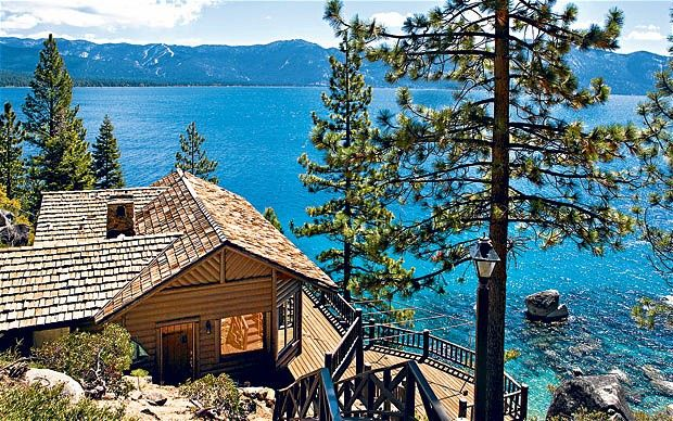 12 9m Calaneva Drive Cabin Was Owned By Howard Hughes On The North Shore Of Lake Tahoe Ca Celebrity Houses Lake Cabins Lakefront Homes