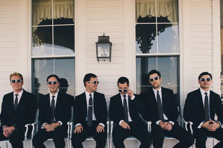 0af96d06b4cb0 27 Awesome Groomsmen Photos ~ we ❤ this! moncheribridals.com  groomsmensuits