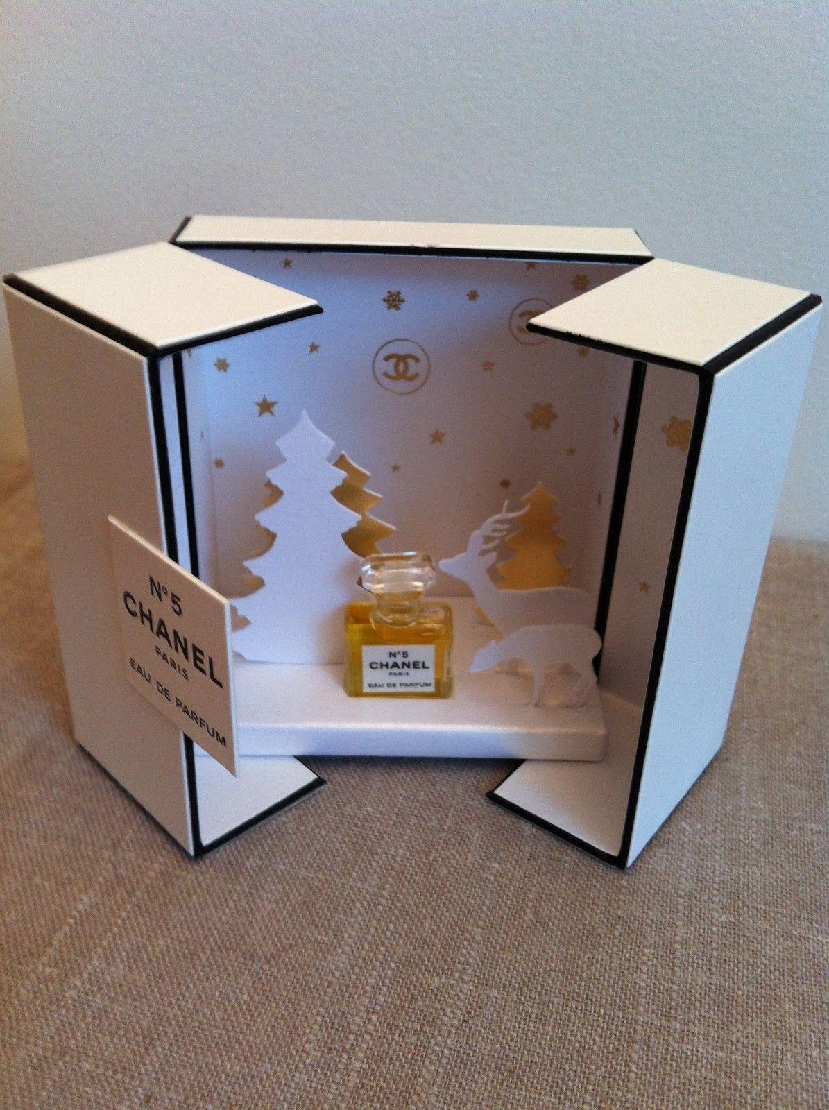 coffret collector chanel n 5 eau de parfum miniature noel. Black Bedroom Furniture Sets. Home Design Ideas