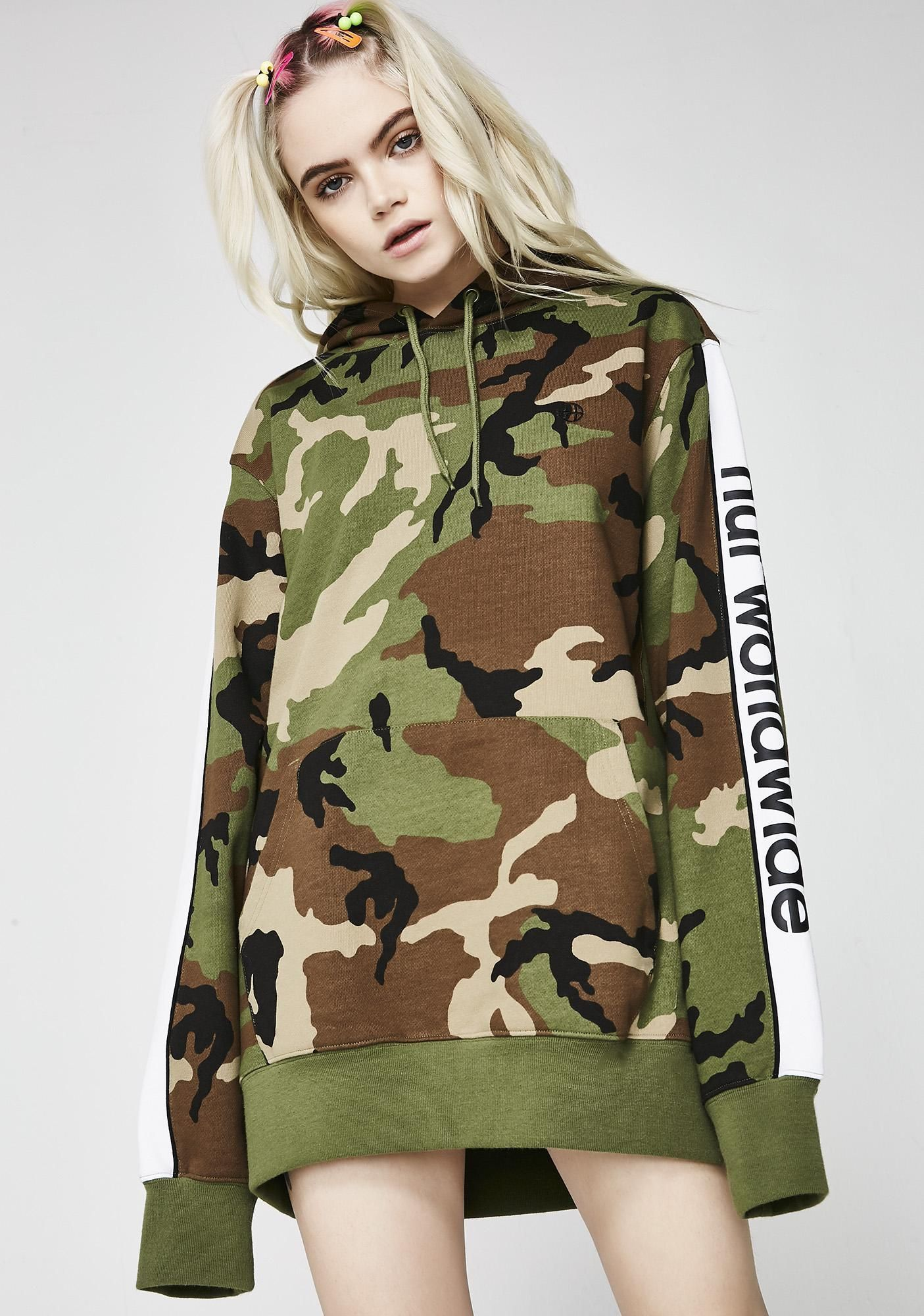 Worldwide P/O Hoodie #boydollsincamo HUF Worldwide P/O Hoodie at Dolls Kill, an online punk, goth, rave, kawaii, and streetwear clothing store. FAST & FREE WORLDWIDE SHIPPING. Shop trends and your favorite brands like Lime Crime, Wildfox Couture, Killstar, BOY London, and Y.R.U. #boydollsincamo Worldwide P/O Hoodie #boydollsincamo HUF Worldwide P/O Hoodie at Dolls Kill, an online punk, goth, rave, kawaii, and streetwear clothing store. FAST & FREE WORLDWIDE SHIPPING. Shop trends and your favorit #boydollsincamo