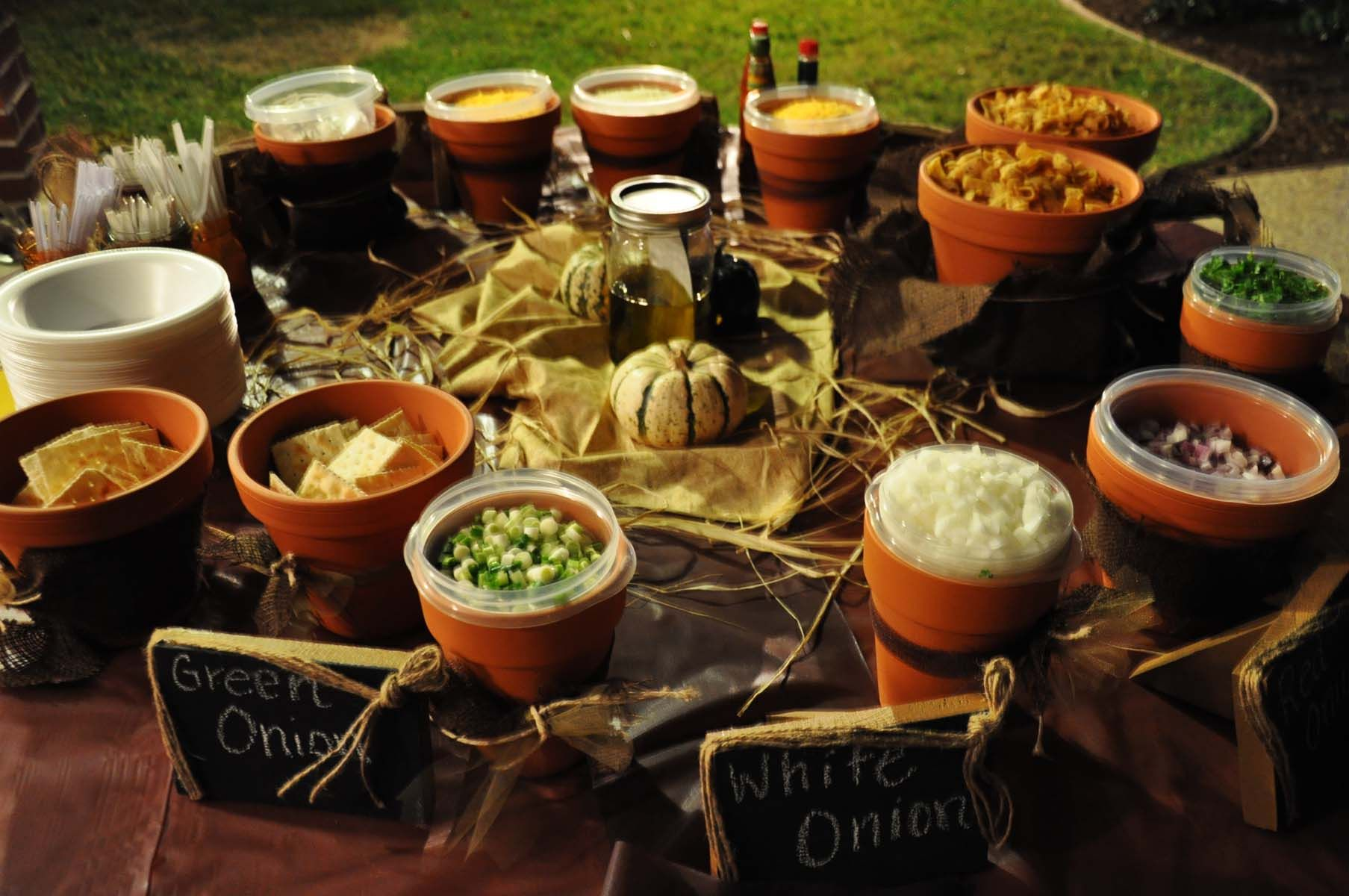 This chili bar with toppings displayed in terracotta pots brings a homey feel to any #Atlanta southern wedding.