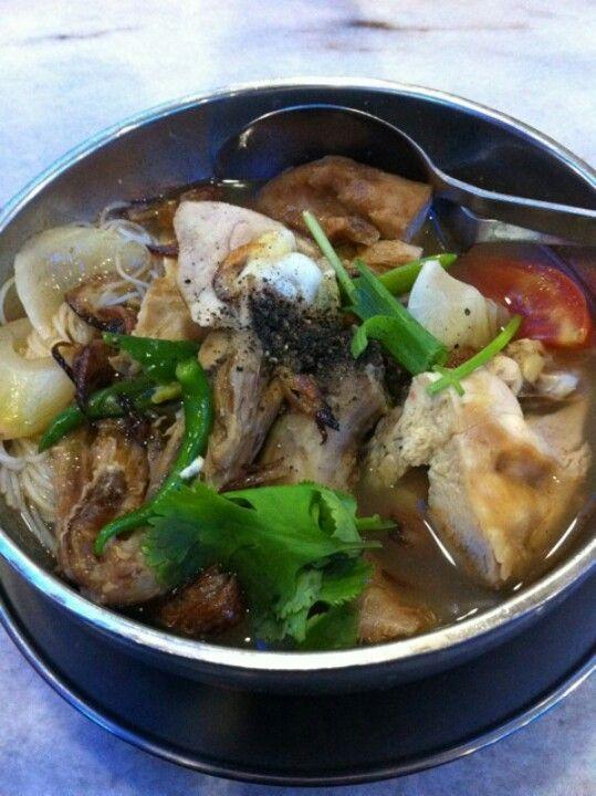 Sup Ayam Kampung : kampung, Bihun, Kampung, Malaysian, Food,, Variety
