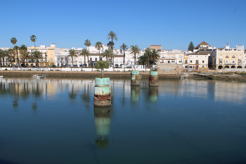 pilares del tercer puente de san alejandro en El Puerto de Santa María