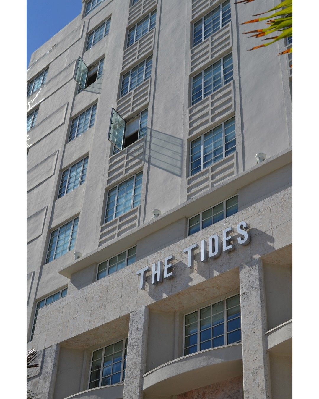 tourtuesday enjoy our daily art deco district walking tours and