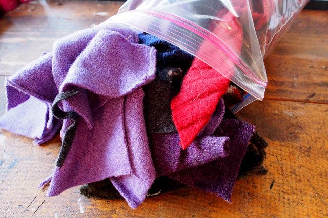 Bag of wool scraps, over 12 oz of 100% wool. by ShadyWoods on Etsy