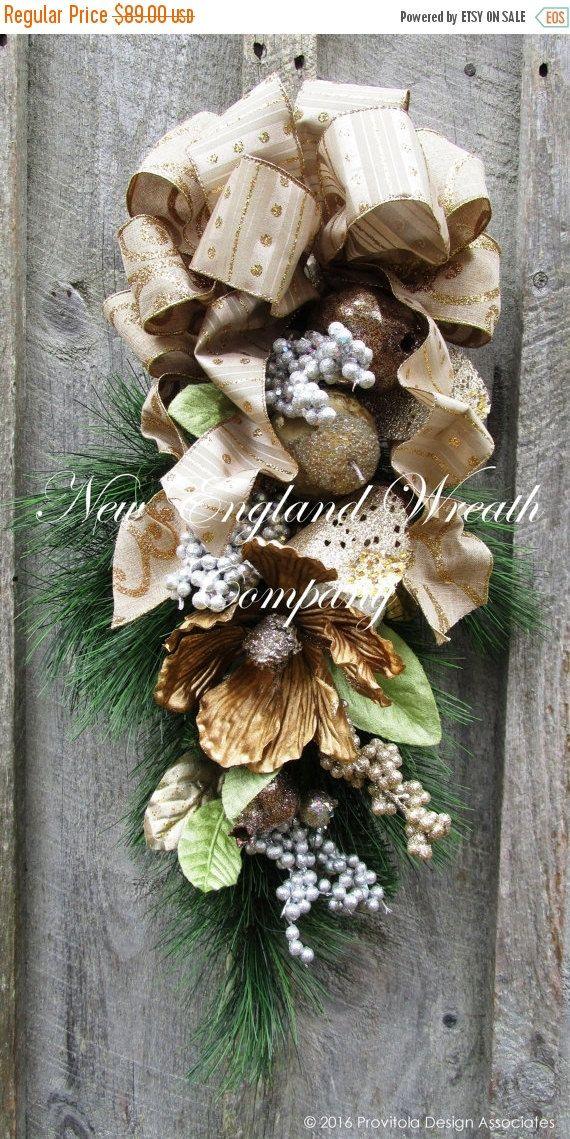 Christmas Swag Christmas Wreath Holiday Wreath Jeweled Etsy Holiday Wreaths Christmas Wreaths Holiday Swag