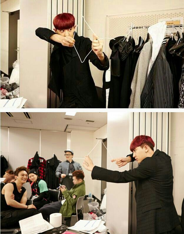 Chanyeol xD & Chen's sexy huge arms ._.