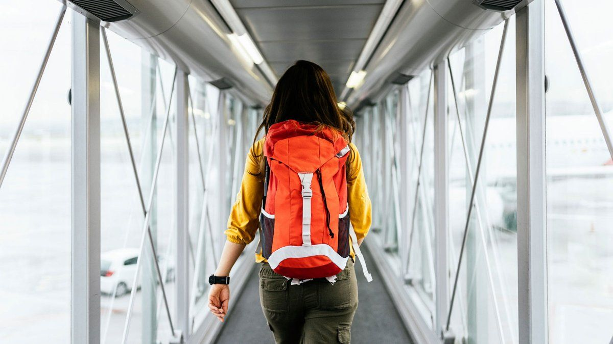 3 Ways To Get Through Airport Security Faster Travel Long Haul Flight Long Flights